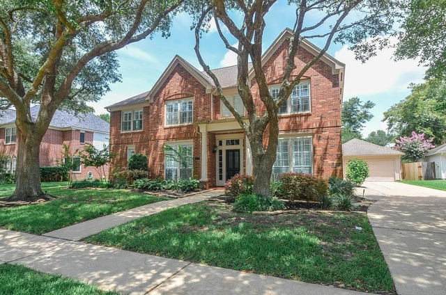 5 Bedrooms, Sutton Forest Rental in Houston for $2,850 - Photo 2