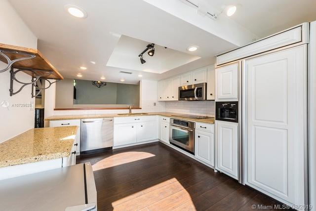 2 Bedrooms, Northeast Coconut Grove Rental in Miami, FL for $3,600 - Photo 2