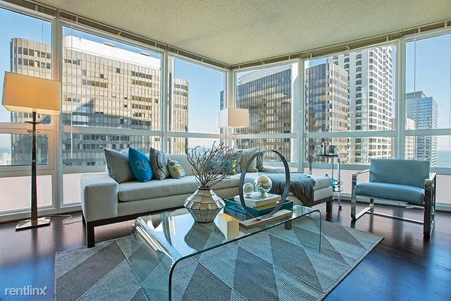 2 Bedrooms, Gold Coast Rental in Chicago, IL for $2,970 - Photo 2