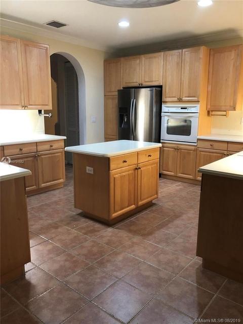 4 Bedrooms, Weston Rental in Miami, FL for $3,200 - Photo 2