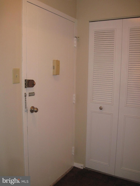 2 Bedrooms, North Highland Rental in Washington, DC for $1,850 - Photo 2