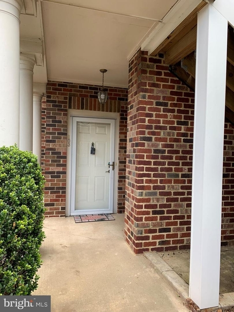 2 Bedrooms, Chelsea Courts Condominiums Rental in Washington, DC for $1,400 - Photo 1