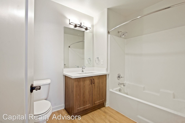 2 Bedrooms, Playhouse District Rental in Los Angeles, CA for $3,600 - Photo 2