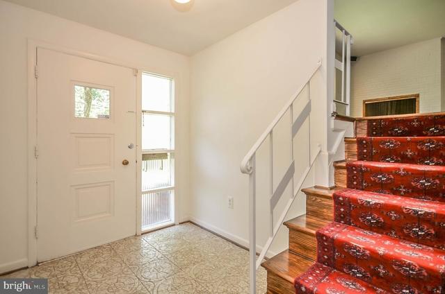 4 Bedrooms, Montrose Rental in Washington, DC for $2,700 - Photo 2
