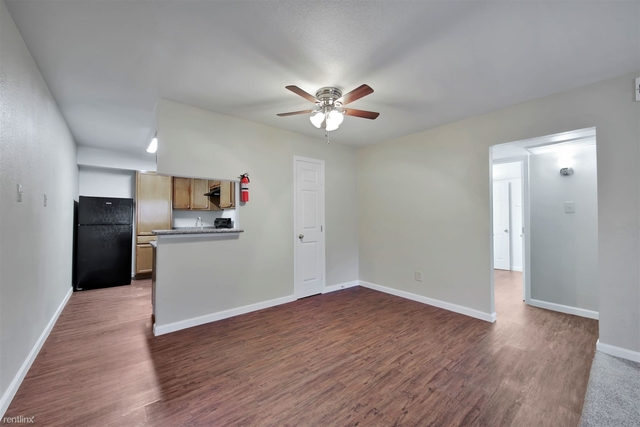 1 Bedroom, Gulfton Rental in Houston for $651 - Photo 2