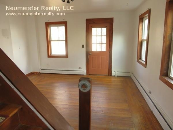 2 Bedrooms, East Cambridge Rental in Boston, MA for $3,200 - Photo 2