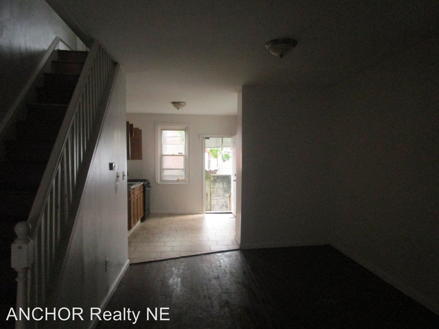3 Bedrooms, Grays Ferry Rental in Philadelphia, PA for $950 - Photo 2