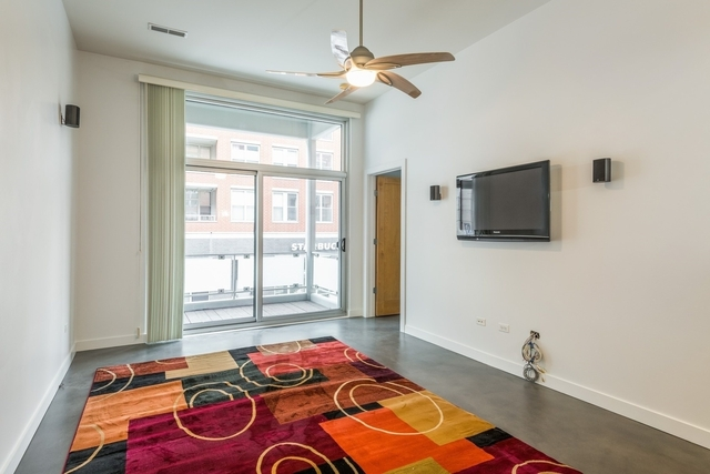 1 Bedroom, Near West Side Rental in Chicago, IL for $2,600 - Photo 2