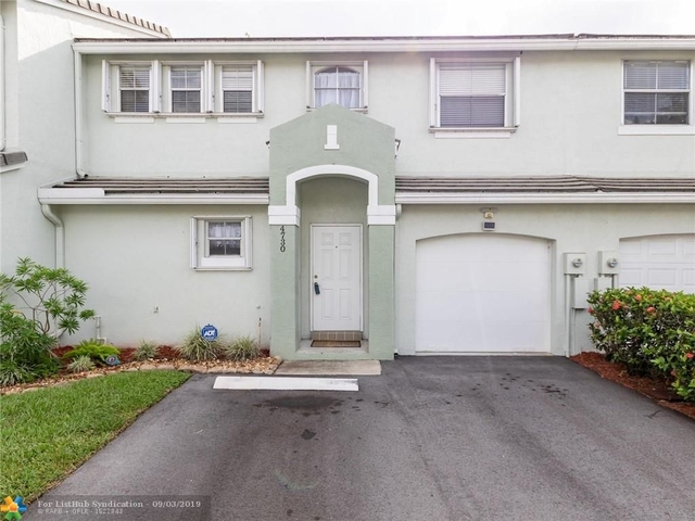 3 Bedrooms, Hawke's Bluff Rental in Miami, FL for $2,495 - Photo 1