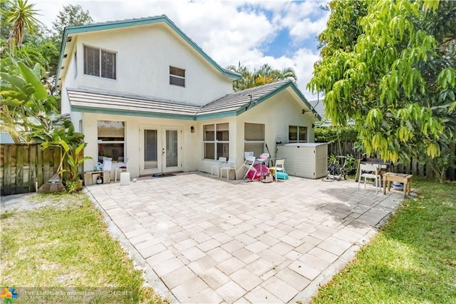 3 Bedrooms, Forest Ridge Rental in Miami, FL for $2,650 - Photo 2