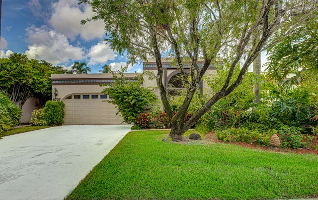 3 Bedrooms, The Fountains Country Club Rental in Miami, FL for $2,400 - Photo 1