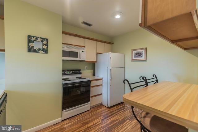 2 Bedrooms, Northern Liberties - Fishtown Rental in Philadelphia, PA for $2,400 - Photo 2