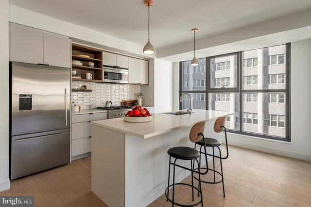 1 Bedroom, Center City East Rental in Philadelphia, PA for $2,400 - Photo 2