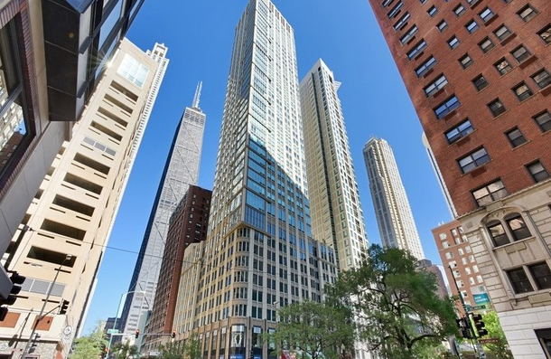 2 Bedrooms, Gold Coast Rental in Chicago, IL for $3,650 - Photo 1
