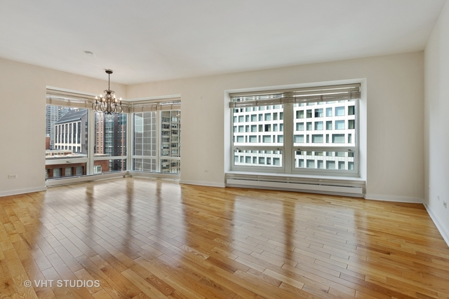 2 Bedrooms, Gold Coast Rental in Chicago, IL for $3,650 - Photo 2