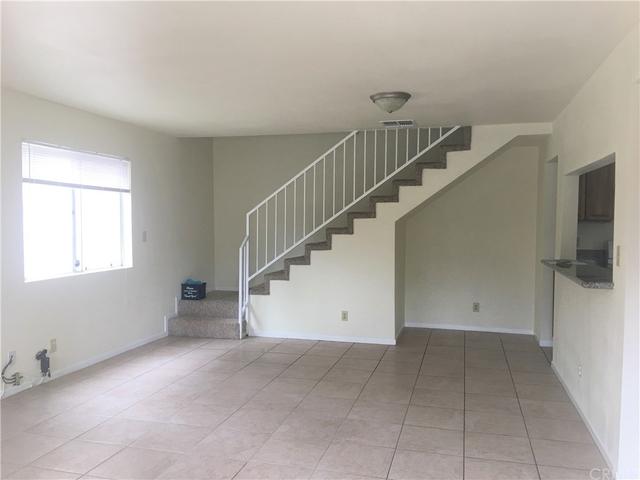 2 Bedrooms, Marceline Rental in Los Angeles, CA for $2,550 - Photo 2