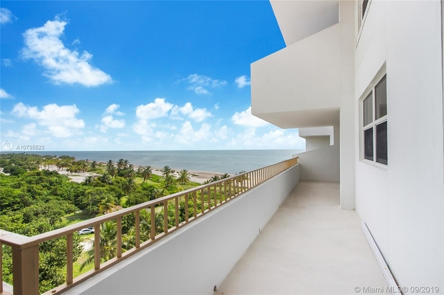 2 Bedrooms, Village of Key Biscayne Rental in Miami, FL for $4,800 - Photo 2