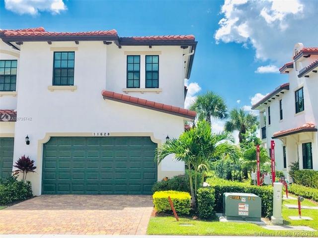3 Bedrooms, Rexmere Village Rental in Miami, FL for $3,150 - Photo 2