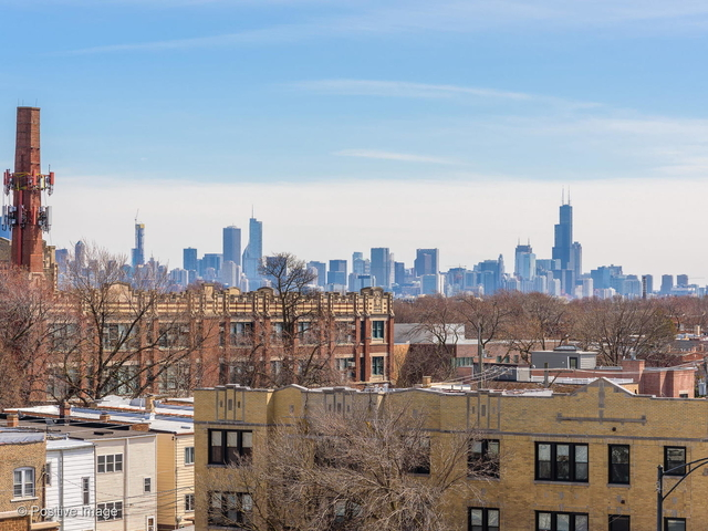 3 Bedrooms, Horner Park Rental in Chicago, IL for $3,100 - Photo 2
