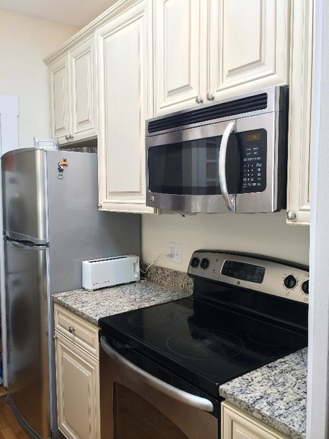 3 Bedrooms, Back Bay West Rental in Boston, MA for $3,900 - Photo 2