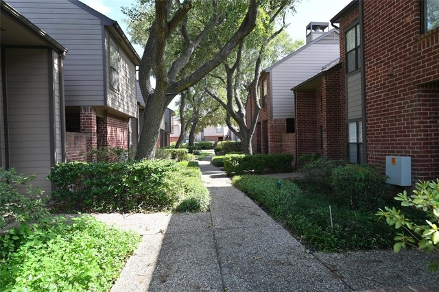 2 Bedrooms, City Place Rental in Houston for $2,500 - Photo 2