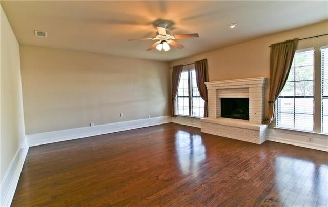 3 Bedrooms, Highland Meadows Rental in Dallas for $1,800 - Photo 2