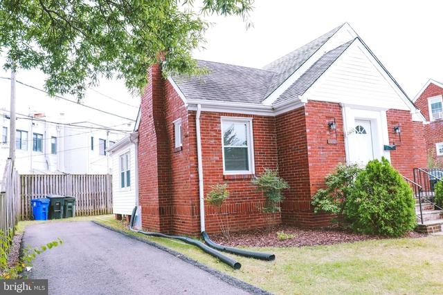4 Bedrooms, Lyon Village Rental in Washington, DC for $4,500 - Photo 2