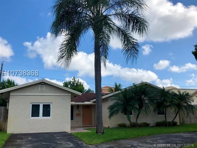 4 Bedrooms, Davie Rental in Miami, FL for $2,500 - Photo 1