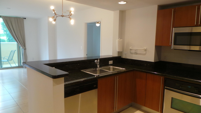 2 Bedrooms, Downtown West Palm Beach Rental in Miami, FL for $2,000 - Photo 2