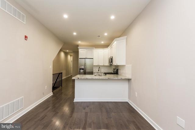 3 Bedrooms, Spruce Hill Rental in Philadelphia, PA for $2,250 - Photo 2