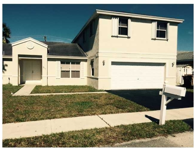 3 Bedrooms, Apple Creek Rental in Miami, FL for $2,550 - Photo 1
