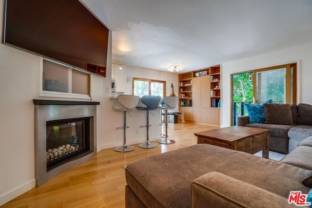 2 Bedrooms, Ocean Park Rental in Los Angeles, CA for $6,500 - Photo 2