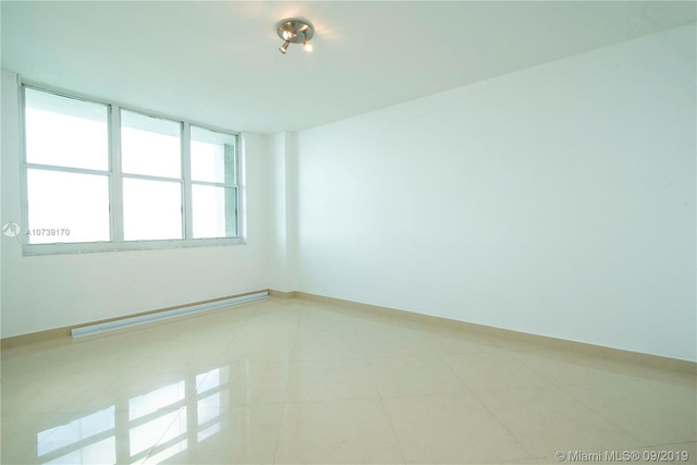 2 Bedrooms, Brickell Key Rental in Miami, FL for $2,575 - Photo 2