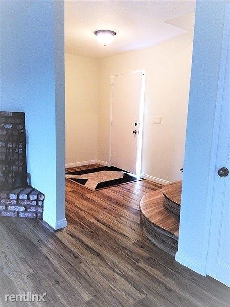 3 Bedrooms, Westside Costa Mesa Rental in Los Angeles, CA for $3,000 - Photo 1