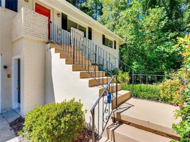 3 Bedrooms, Briar Glen Rental in Atlanta, GA for $1,695 - Photo 2