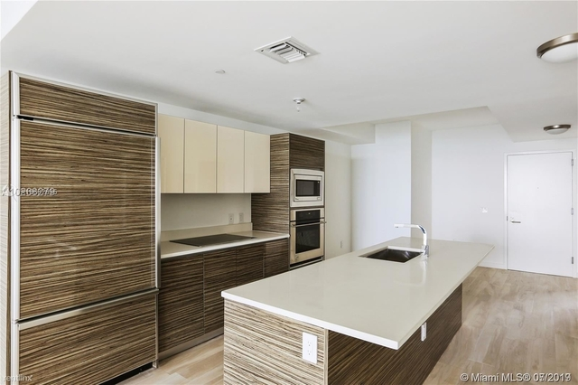 2 Bedrooms, Bankers Park Rental in Miami, FL for $2,899 - Photo 2