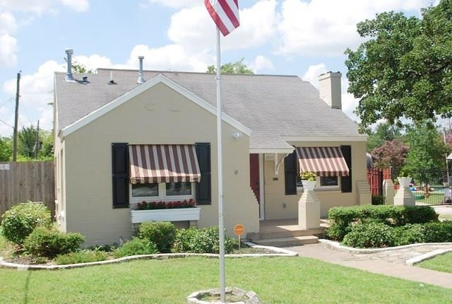 3 Bedrooms, Oakhurst Rental in Dallas for $1,450 - Photo 2