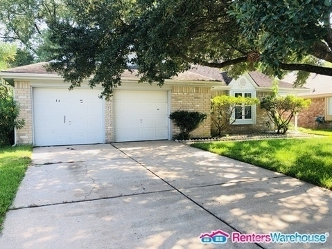 3 Bedrooms, Pipers Meadow Rental in Houston for $1,495 - Photo 2