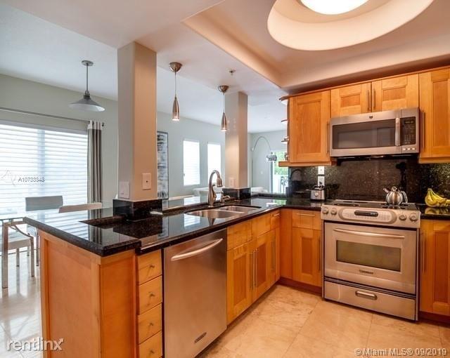2 Bedrooms, Lenox Manor Rental in Miami, FL for $3,550 - Photo 2
