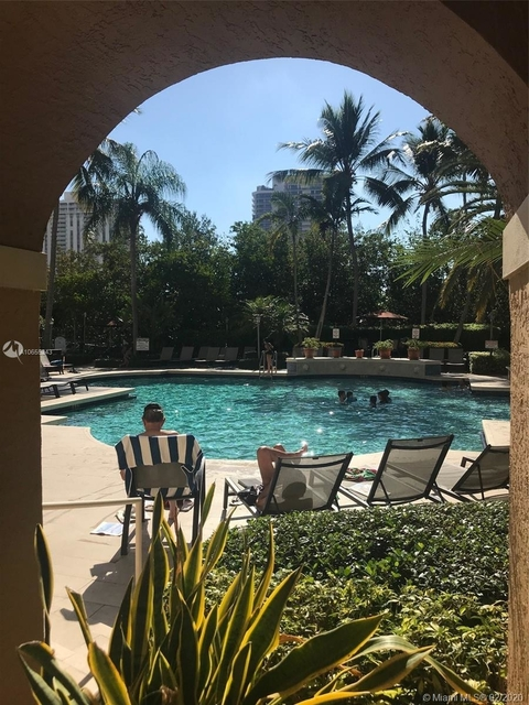 2 Bedrooms, Biscayne Yacht & Country Club Rental in Miami, FL for $3,500 - Photo 2
