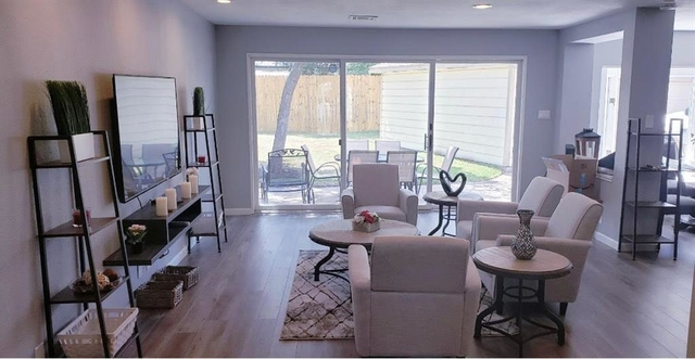 4 Bedrooms, Ashford Forest Rental in Houston for $2,550 - Photo 2