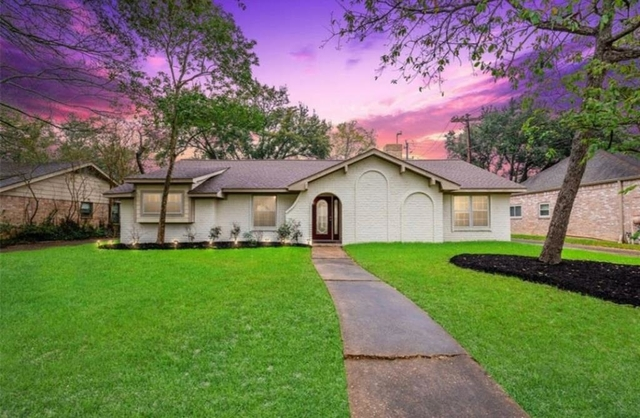 4 Bedrooms, Ashford Forest Rental in Houston for $2,550 - Photo 1