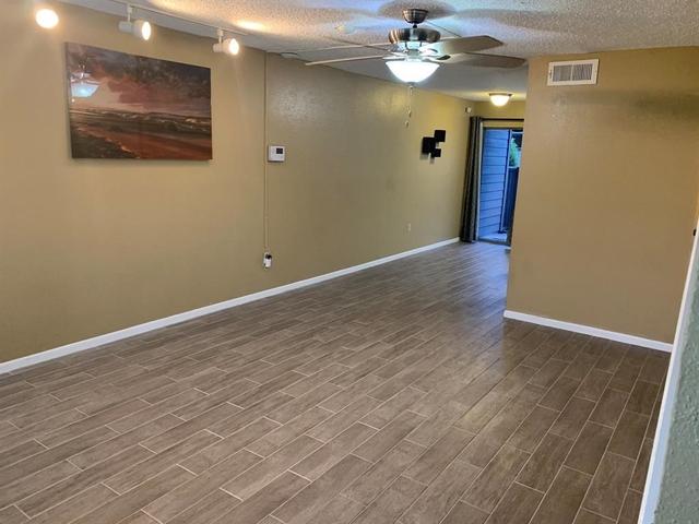 2 Bedrooms, El Dorado Trace Condominiums Rental in Houston for $1,200 - Photo 1