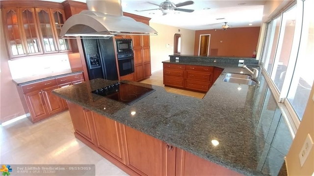 4 Bedrooms, Country Club Rental in Miami, FL for $3,350 - Photo 2