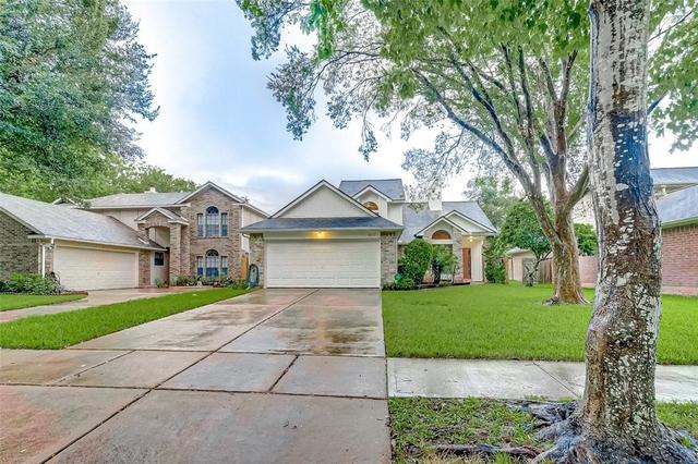 3 Bedrooms, Creekshire Rental in Houston for $1,750 - Photo 2