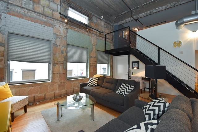 2 Bedrooms, Downtown Houston Rental in Houston for $2,200 - Photo 2
