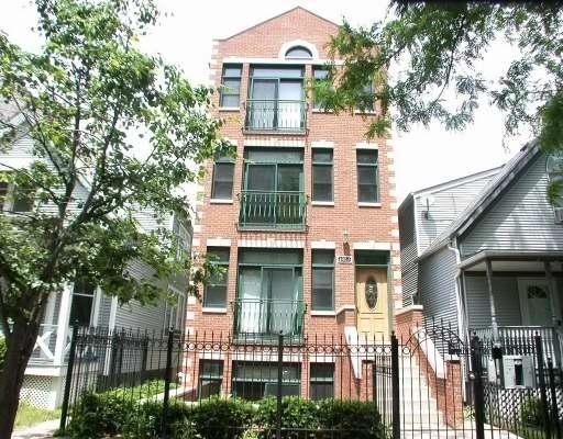 3 Bedrooms, Roscoe Village Rental in Chicago, IL for $3,395 - Photo 1