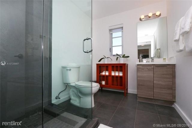 1 Bedroom, Espanola Villas Rental in Miami, FL for $1,600 - Photo 2