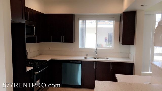 3 Bedrooms, Van Nuys Rental in Los Angeles, CA for $3,225 - Photo 1