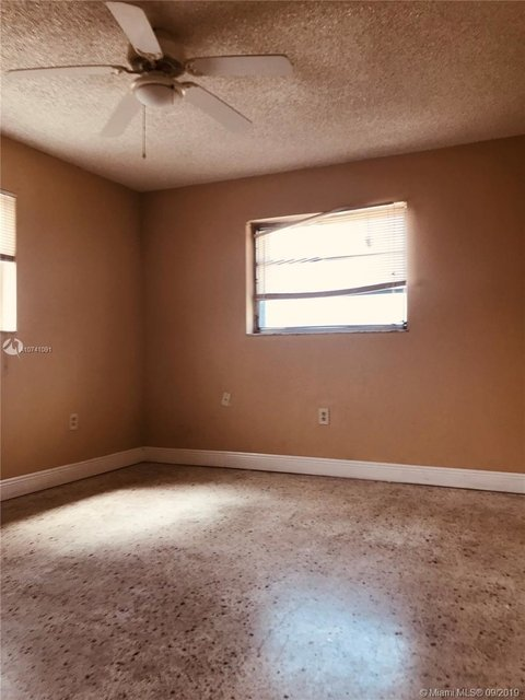 2 Bedrooms, East Little Havana Rental in Miami, FL for $1,350 - Photo 2